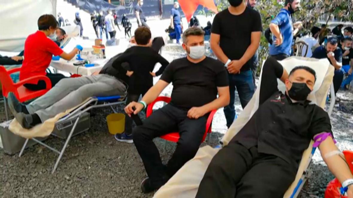 اهدای خون توسط عزاداران تاسوعای حسینی در ترکیه