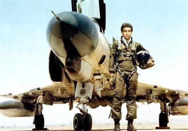 دو روایت از خلبان شهید عباس دوران