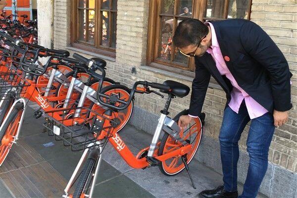 خبرنگاران مردانی: دوچرخه های عمومی هوشمند را پیش از سوار شدن ضدعفونی کنید