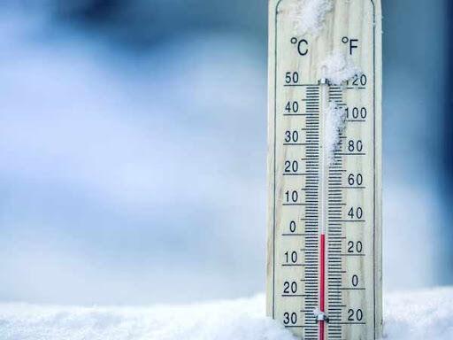 خبرنگاران دمای کمینه طی شب گذشته در آذربایجان غربی به 15 درجه زیر صفر رسید