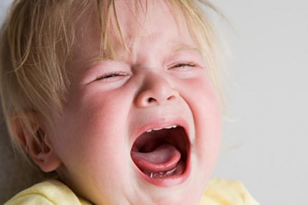 علل جیغ زدن کودک نوپا و روش صحیح برخورد با آن