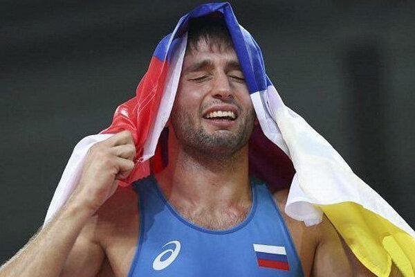 آزادکار عنواندار روسیه در آستانه از دست دادن المپیک