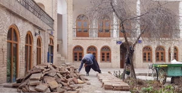 اجرای عملیات مرمتی در خانه جاجرمی بجنورد