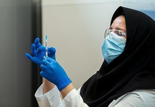 118 نفر از دانشجویان دانشگاه علوم پزشکی کردستان واکسینه شدند
