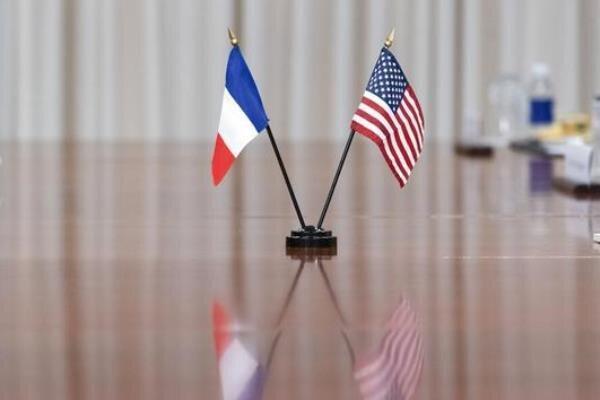 تور فرانسه: اقدام اعتراضی فرانسه علیه توافق همکاری آمریکا، انگلیس و استرالیا